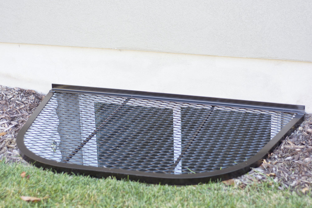 Wire mesh window well covers — safewell